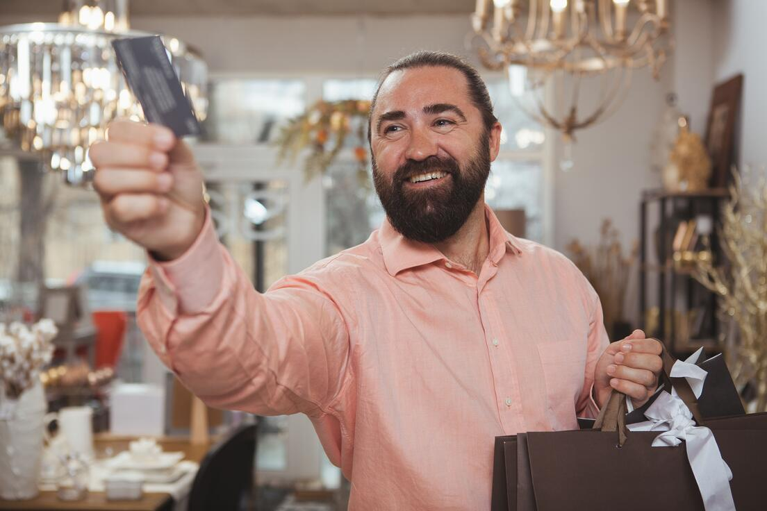 bearded-mature-man-shopping-at-home-goods-store (1)-min